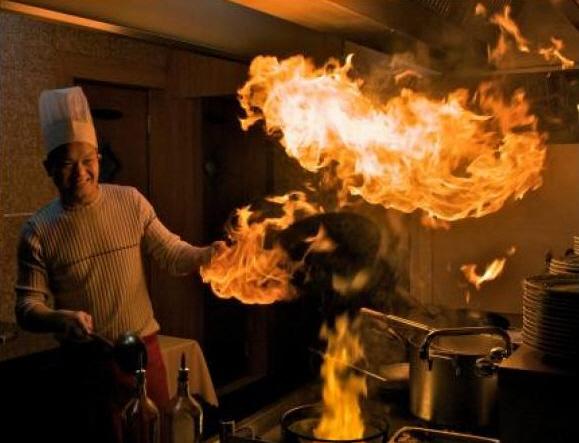 Un argentino entra en un restaurante y ….
